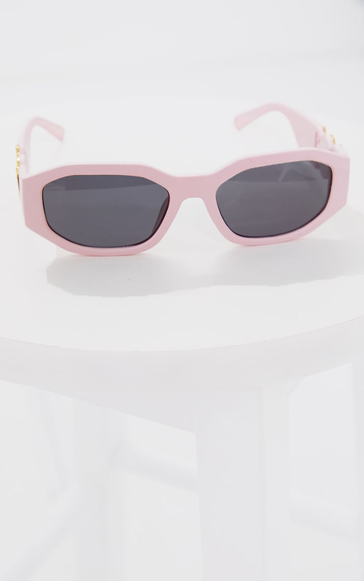 PRETTYLITTLETHING Pink With Gold Side Detail Round Frame Sunglasses 2