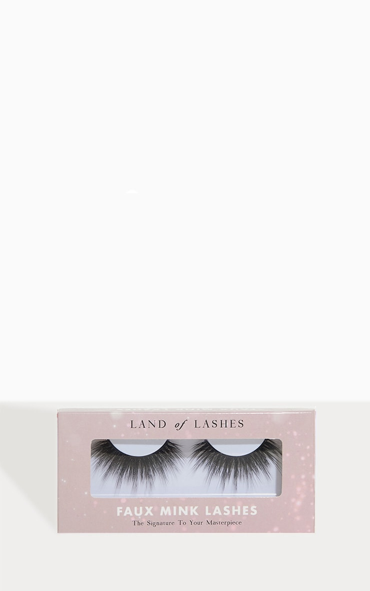 Land of Lashes Ava Invisible Band False Lash  1