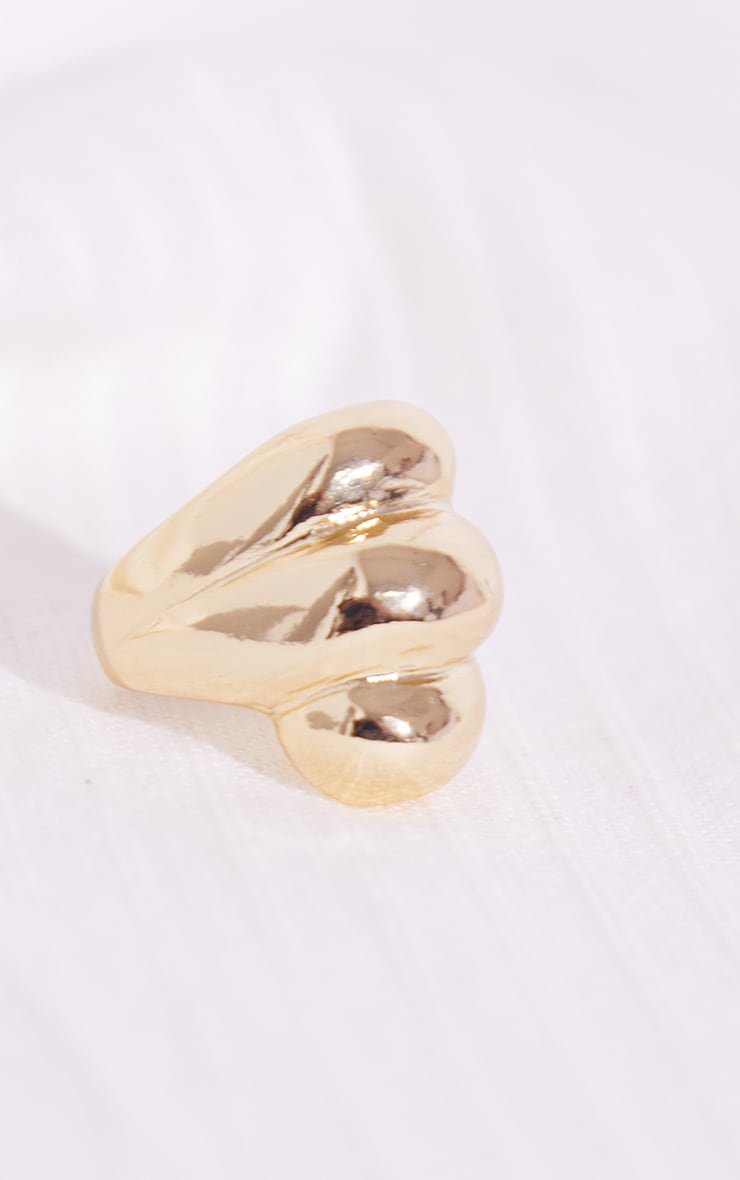 Gold Chunky Curve Ribbed Ring 2