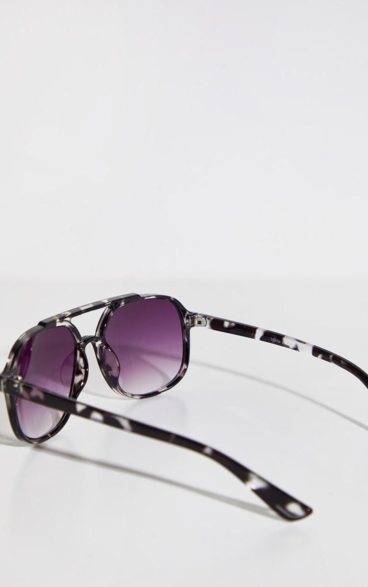 Black Double Bar Round Frame Sunglasses 3