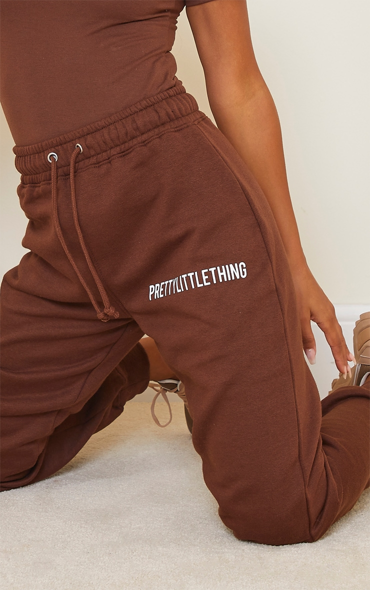 PRETTYLITTLETHING Chocolate Brown High Waisted Joggers 4