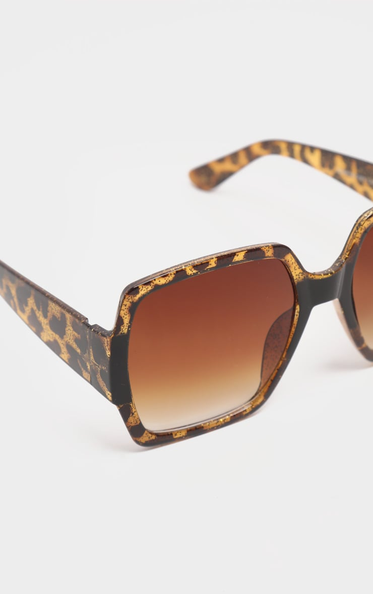 Tortoiseshell Square Oversized Sunglasses 3