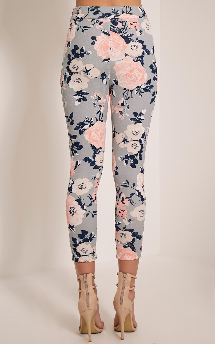Natillia Dusty Blue Floral Cropped Trousers 5