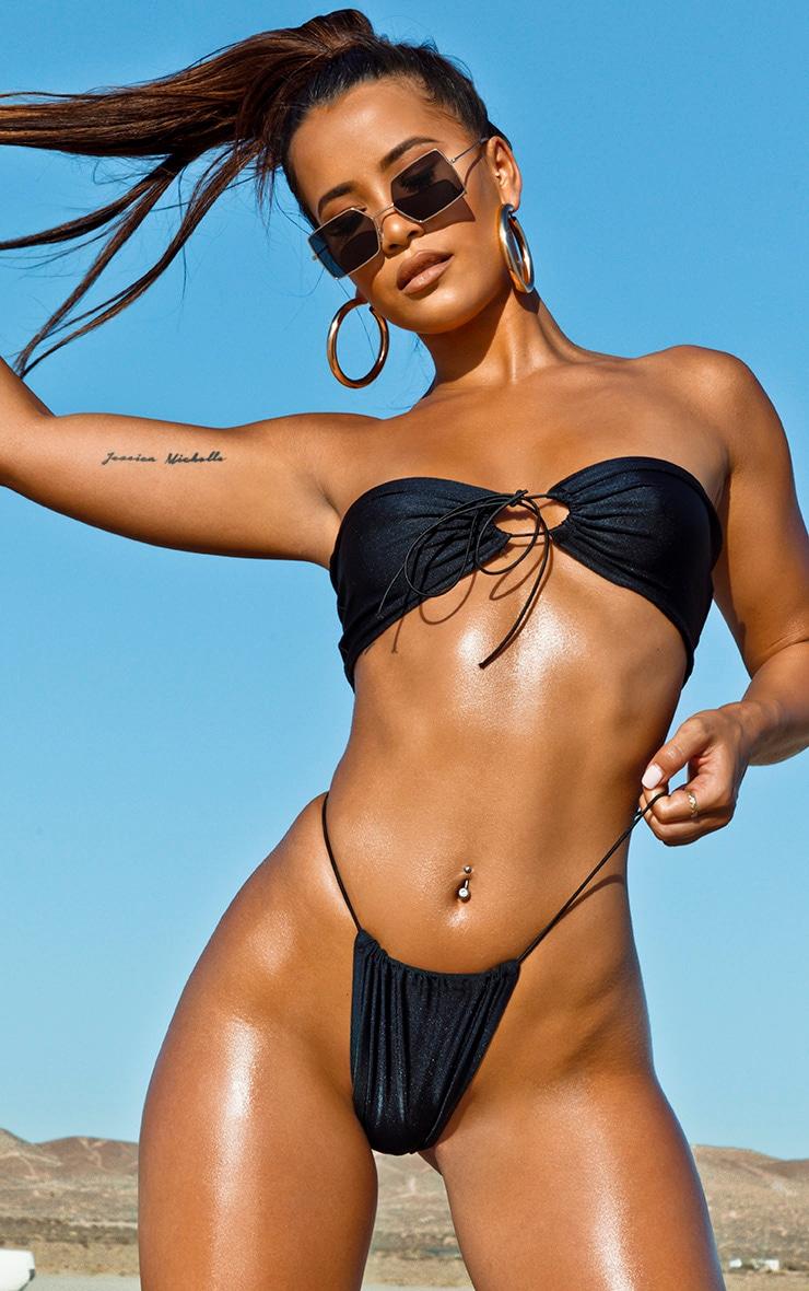 Haut de bikini noir à attaches élastiques 1
