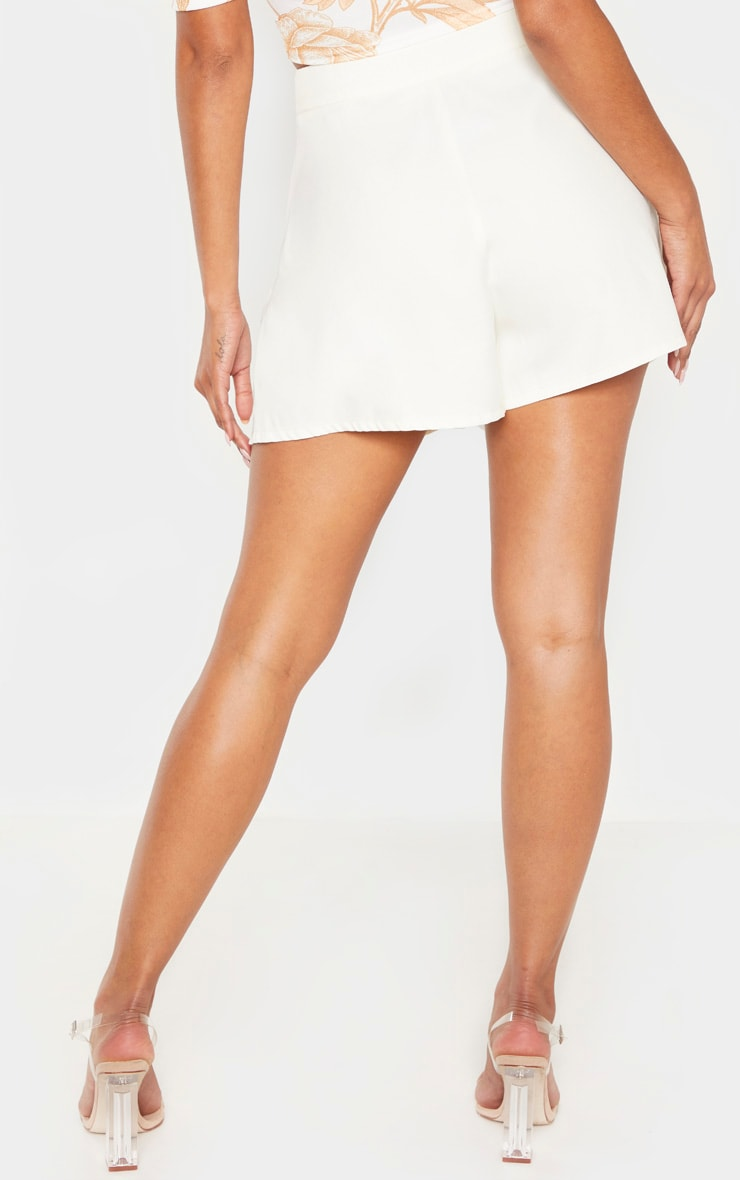 White Woven Pleat Front Tailored Short  4