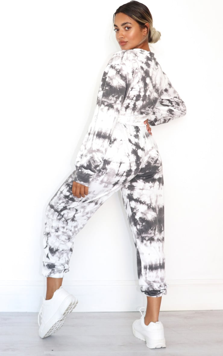 Petite Black Tie Dye Cropped Sweat and Jogger Set 2