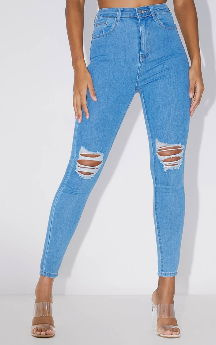 PRETTYLITTLETHING Light Wash Knee Rip 5 Pocket Skinny Jean 2