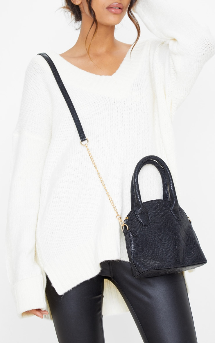 Black Snake Rounded Edge Hand Bag  1
