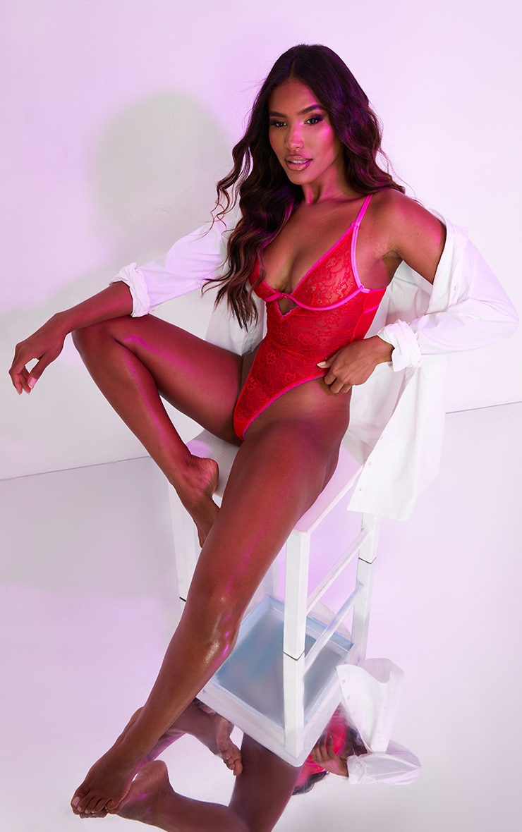 Red Lace Contrast Detail Underwired Body 1
