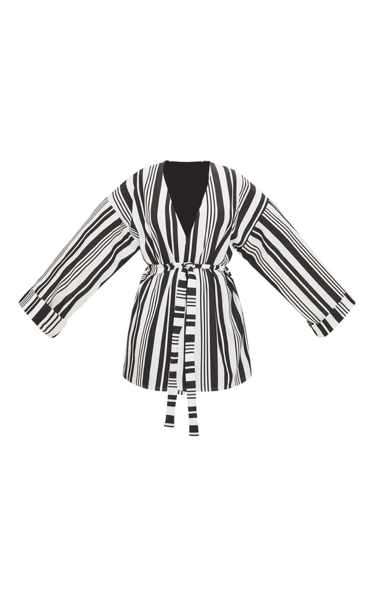 Plus Black Striped Belted Oversized Sleeve Blazer 3