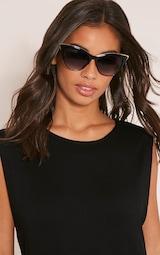 Rio Black Retro Frame Sunglasses 1