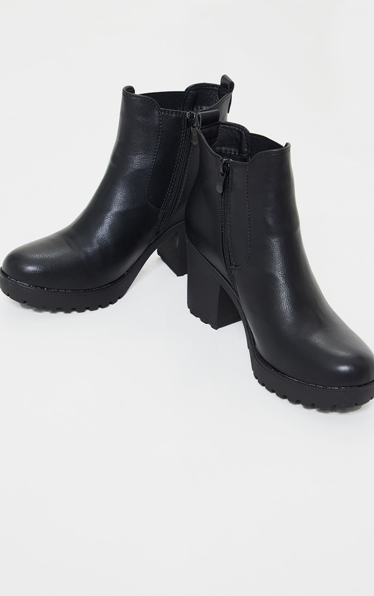 Black Cleated Chelsea Ankle Boots 4