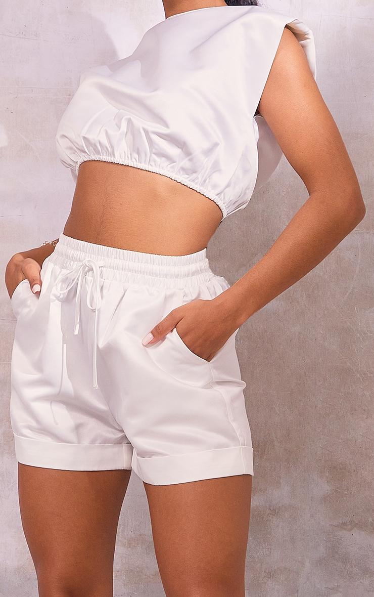 White Satin Turn Up Hem Floaty Shorts 5