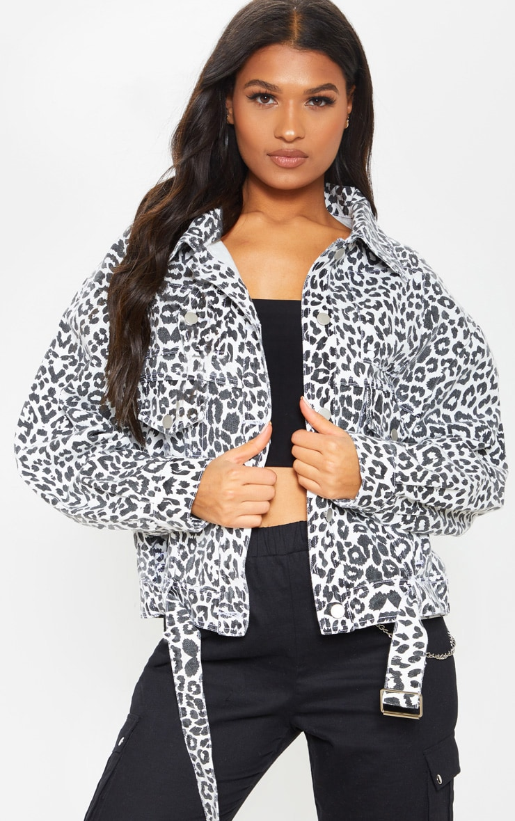 Mono Leopard Oversized Buckle Waist Denim Jacket  1