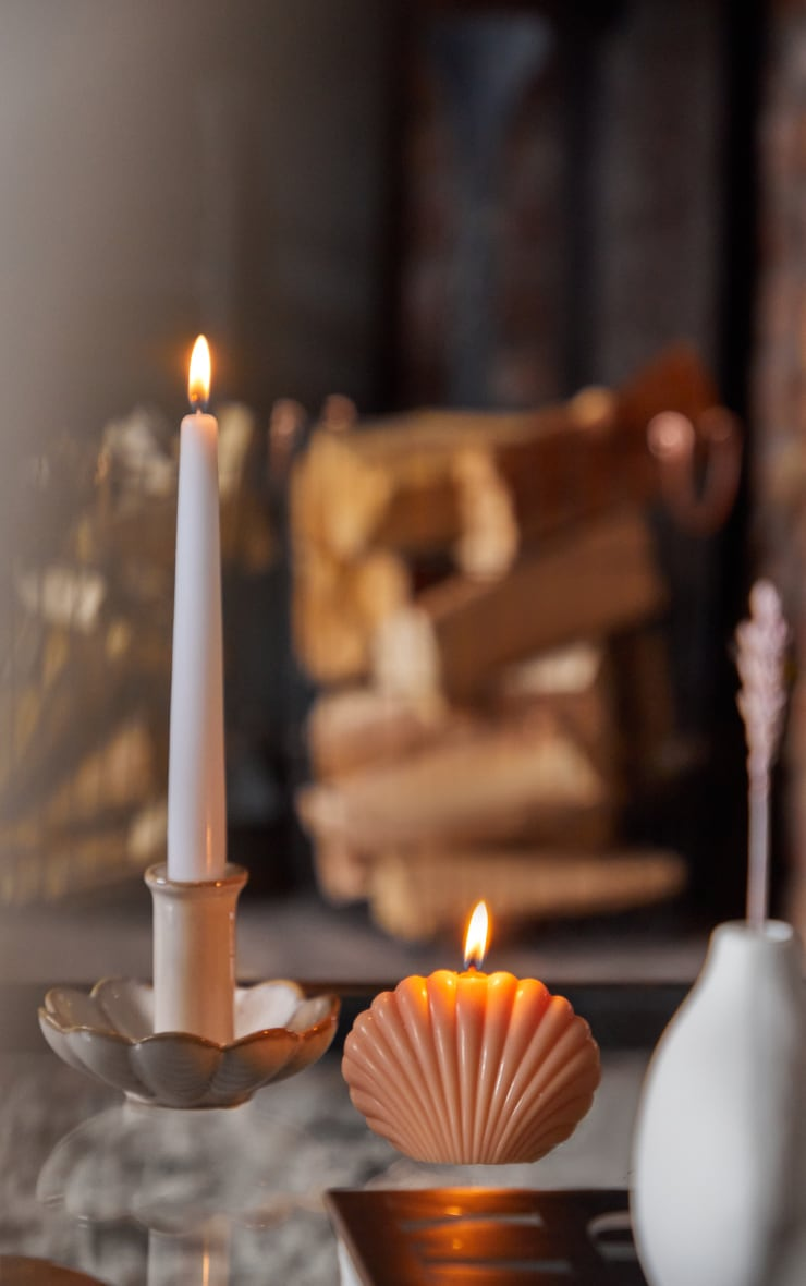 Coral Shell Candle 1