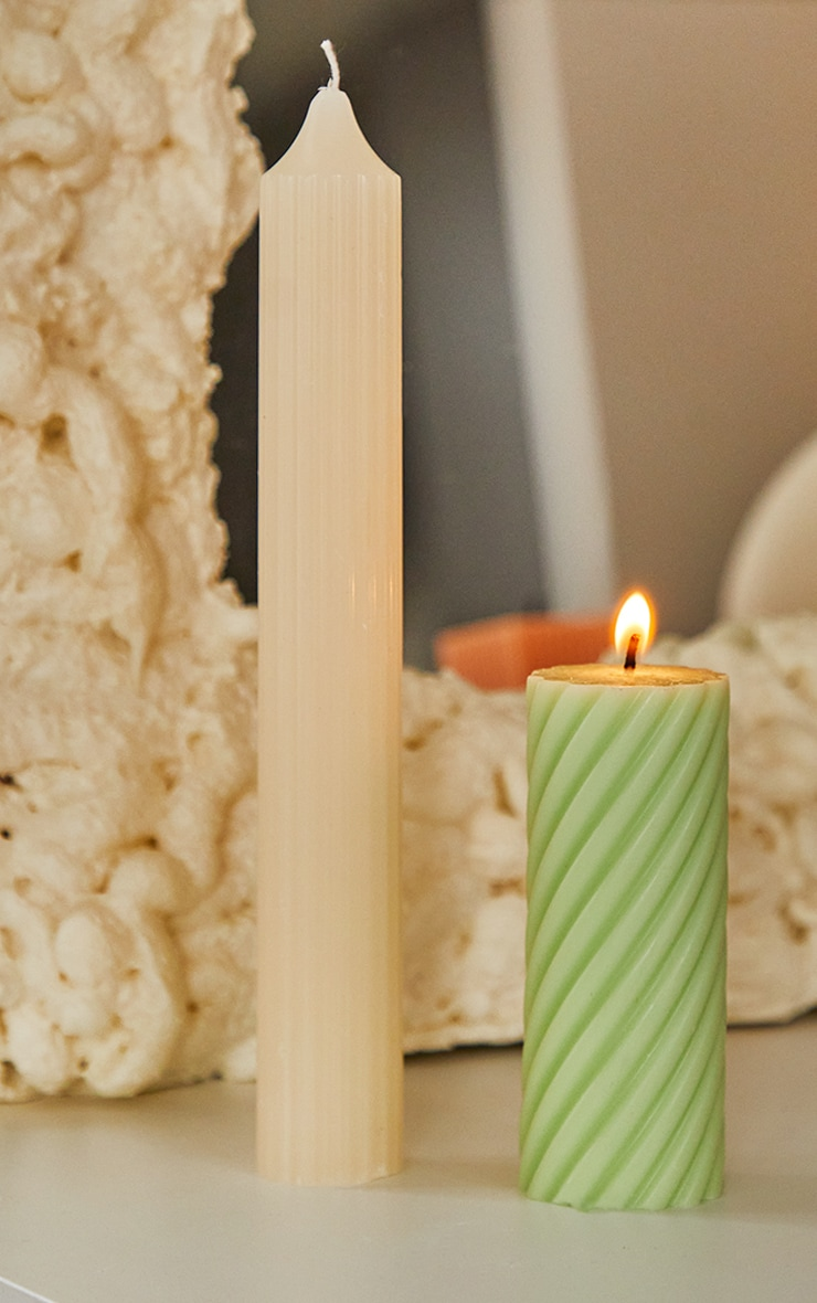 Lime Swirl Pillar Scented Soy Wax Candle 12cm 1