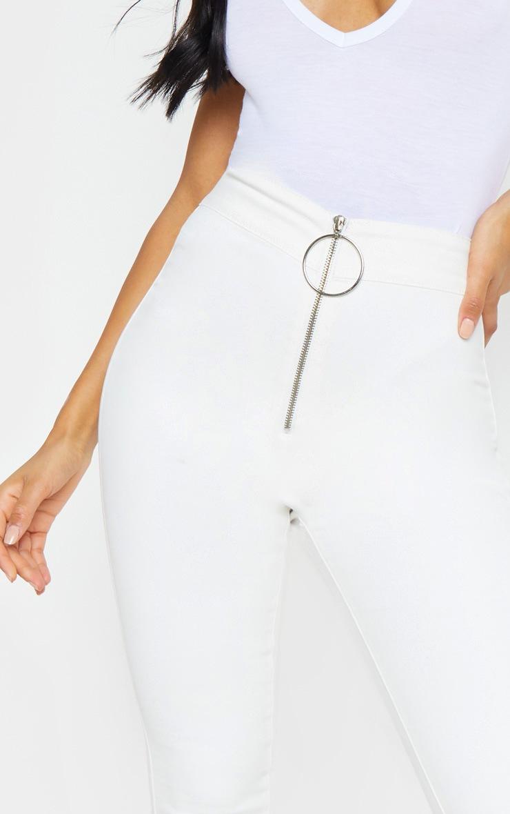 White O-Ring Skinny Jegging 5