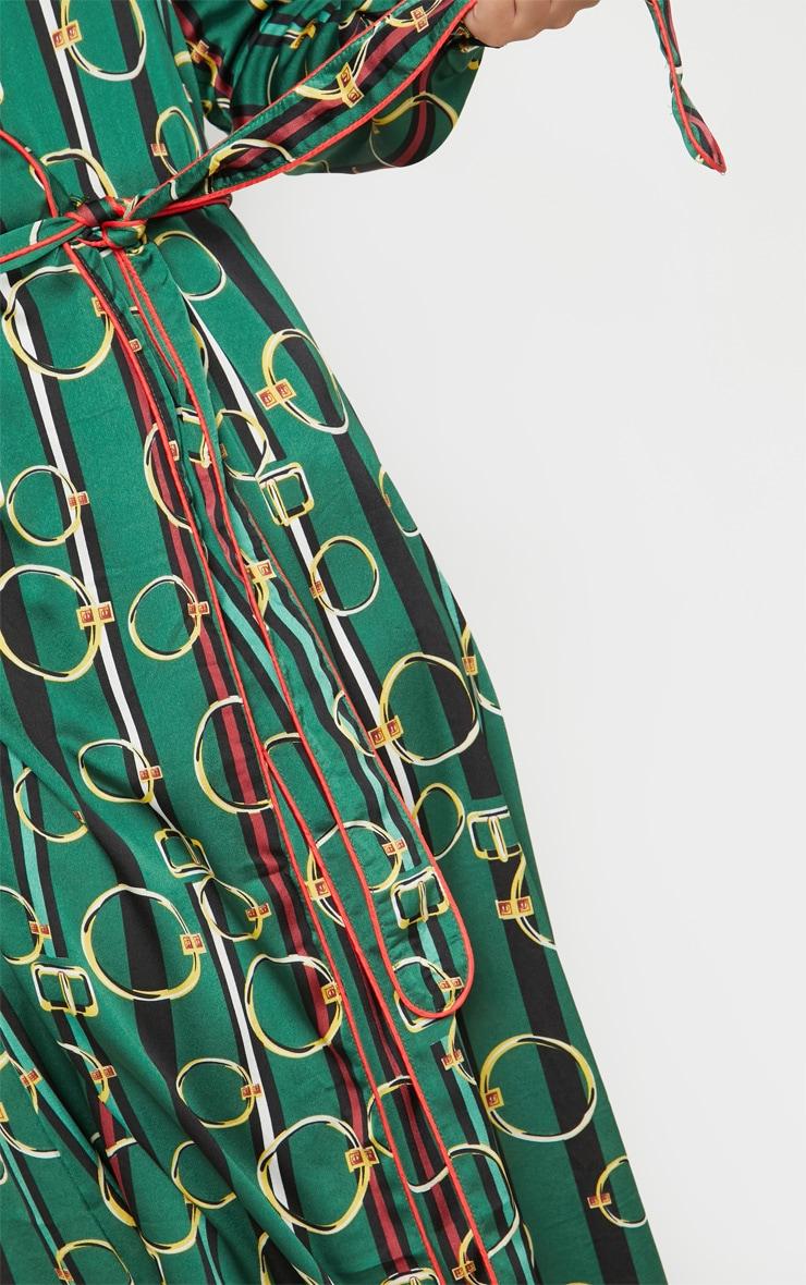 Robe mi-longue verte plissée à imprimé chaîne & ceinture 5