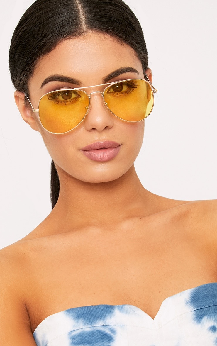 Kelie Yellow Tinted Lens Aviators 1