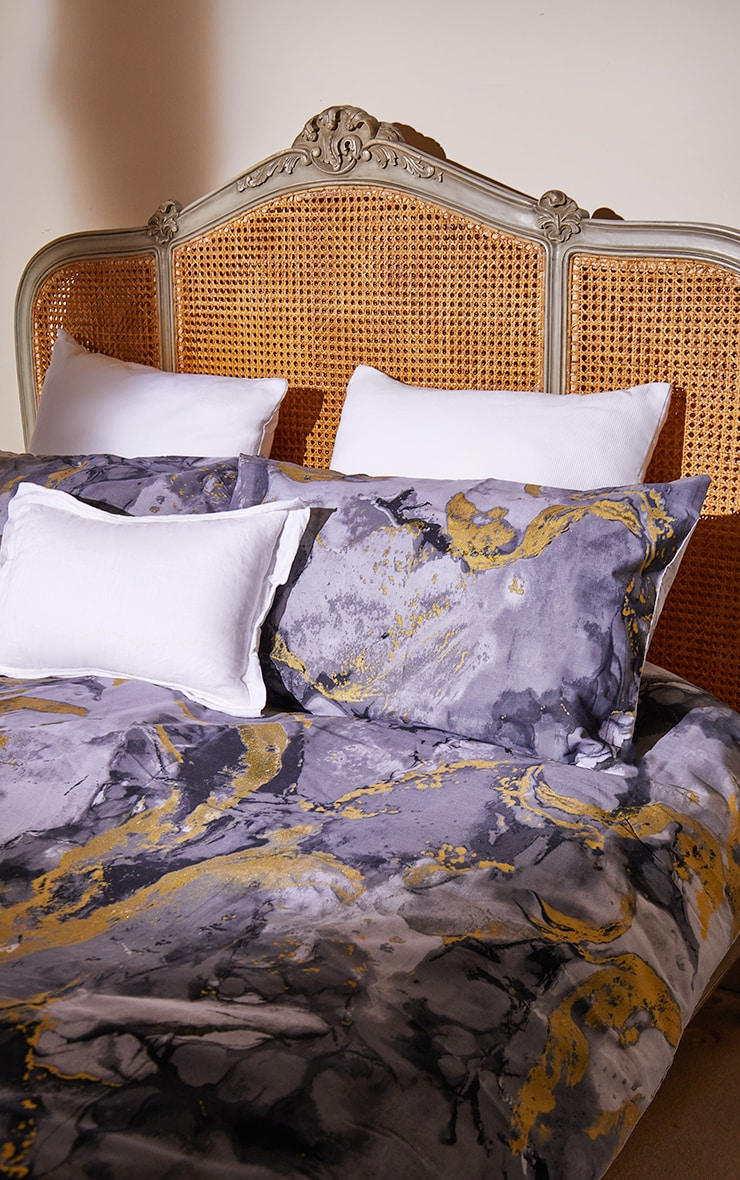 Grey with Gold Marble Print Double Duvet Set 1