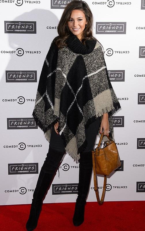 Mayra Tartan Monochrome Knitted Shawl 2