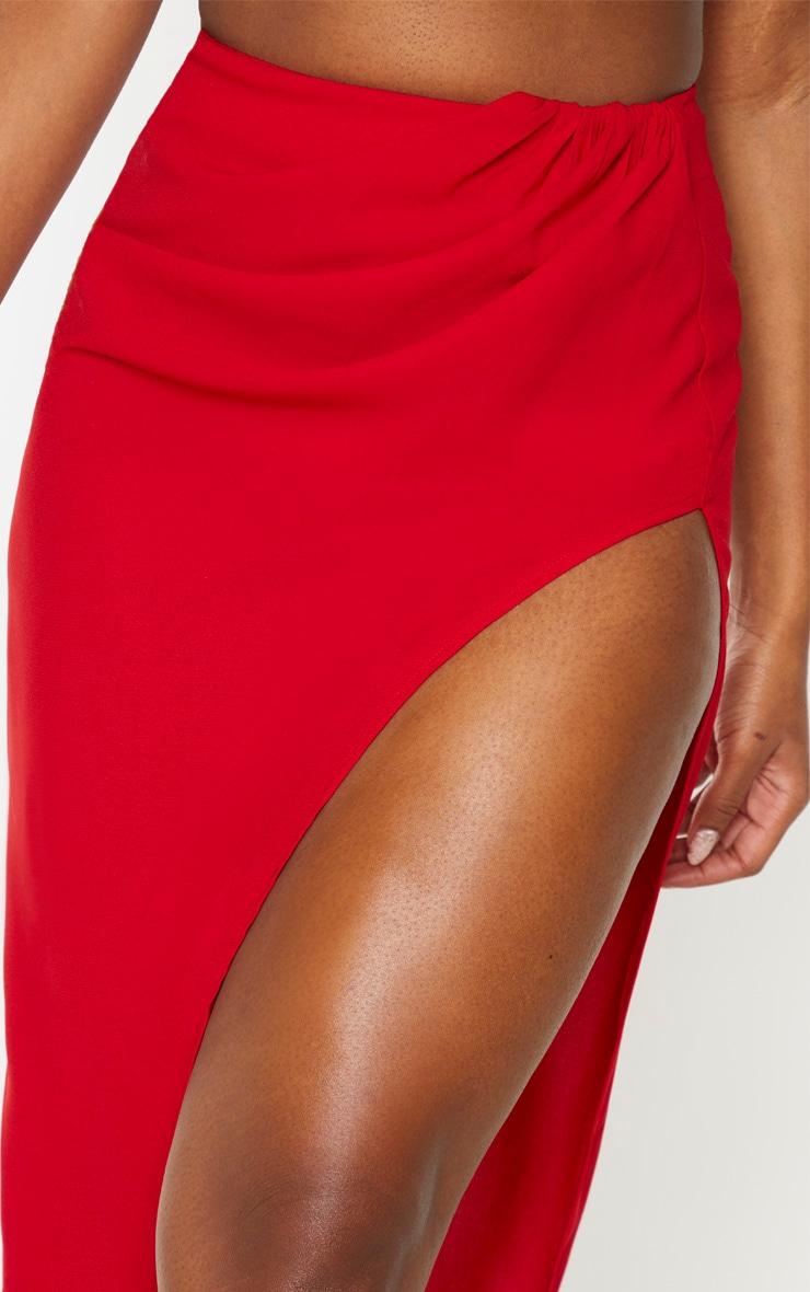 Jupe longue tissée rouge fendue sur le côté 5