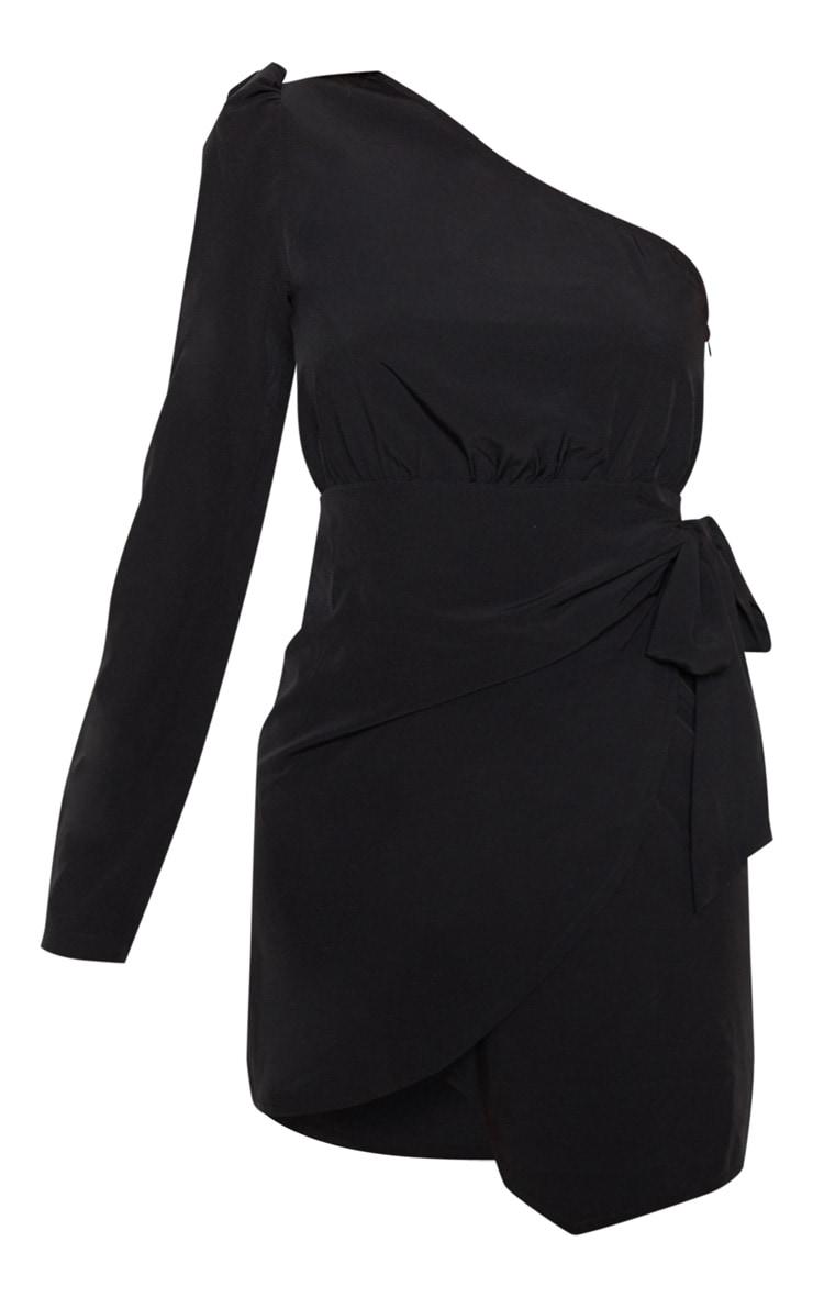 Robe droite noire à manche unique avec lien à la taille 3