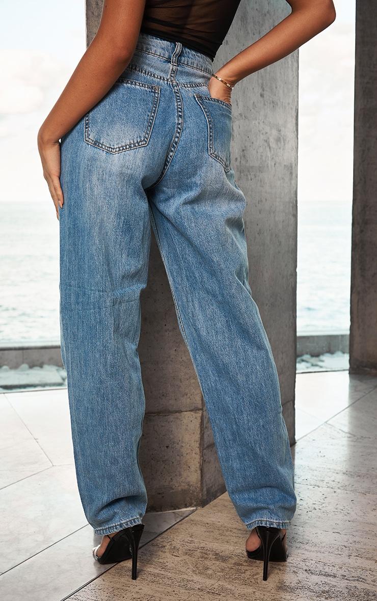 PRETTYLITTLETHING Light Wash Boyfriend Jeans 3