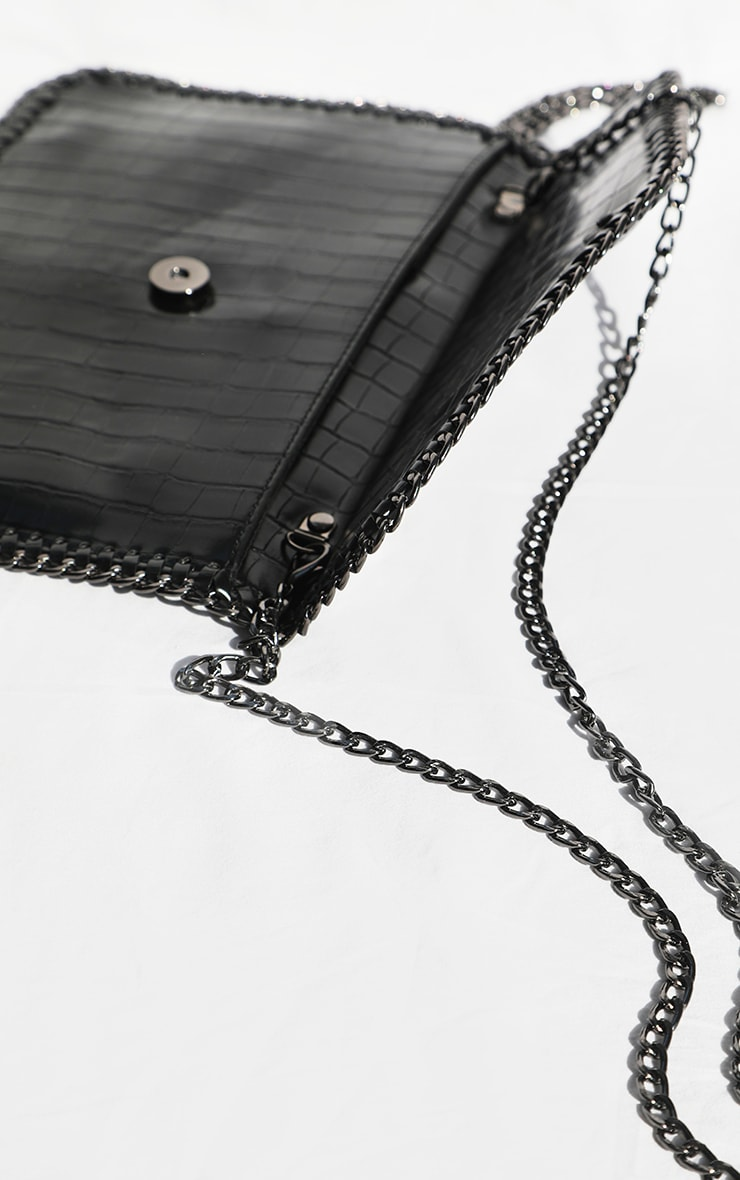 Black Chain Edge Envelope Cross Body Bag 3