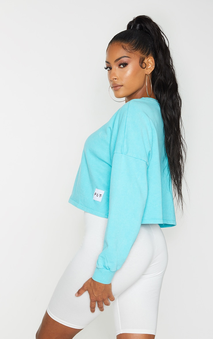 PRETTYLITTLETHING Blue Label Washed Long Sleeve Crop T Shirt 2