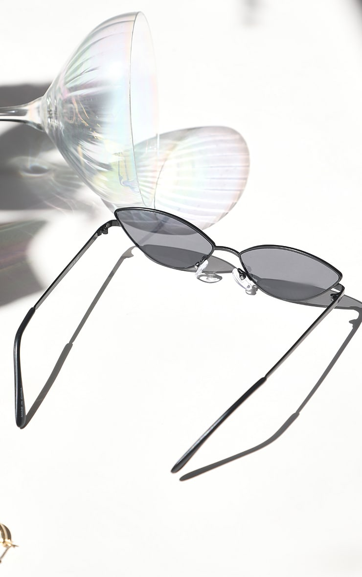 Black Retro Almond Sunglasses 3
