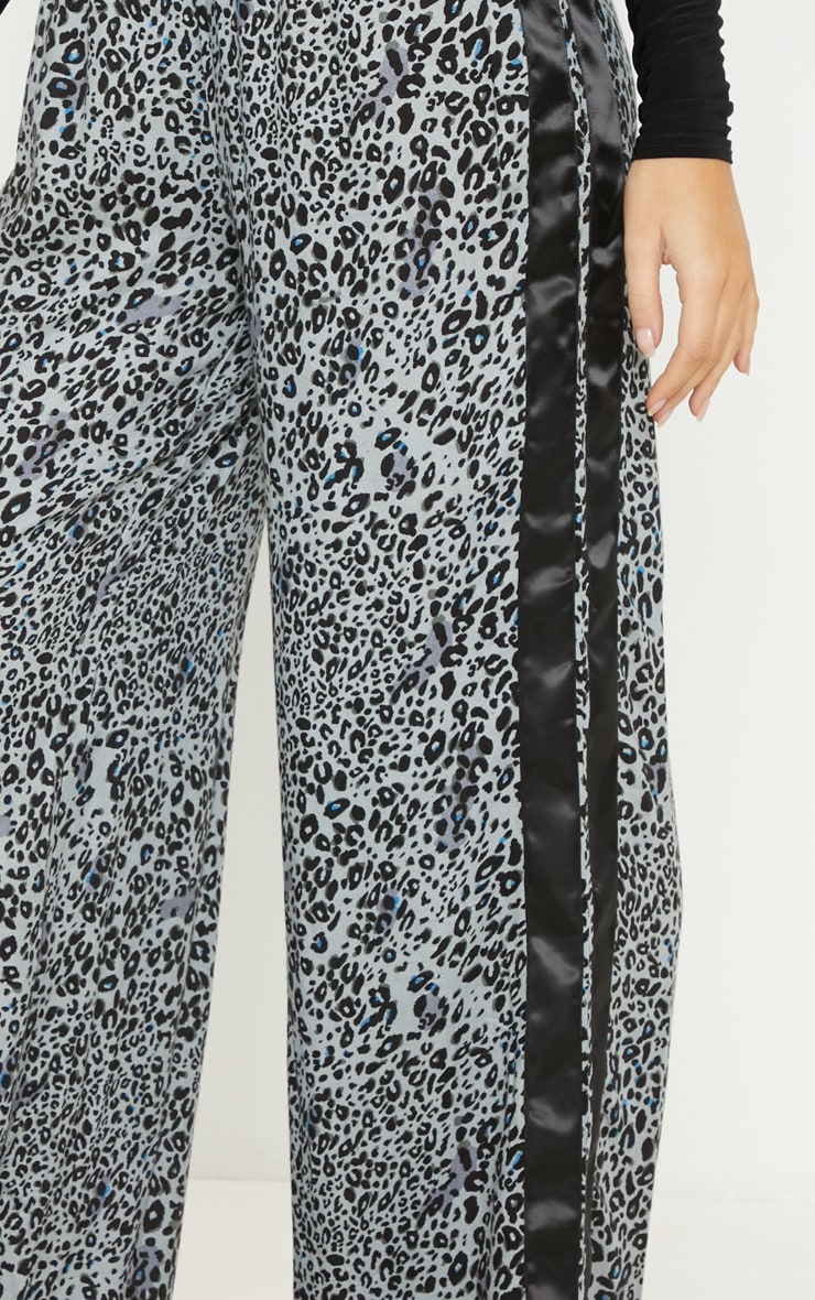 Dusty Blue Elasticated Waist Leopard Print Wide Leg Trouser 5