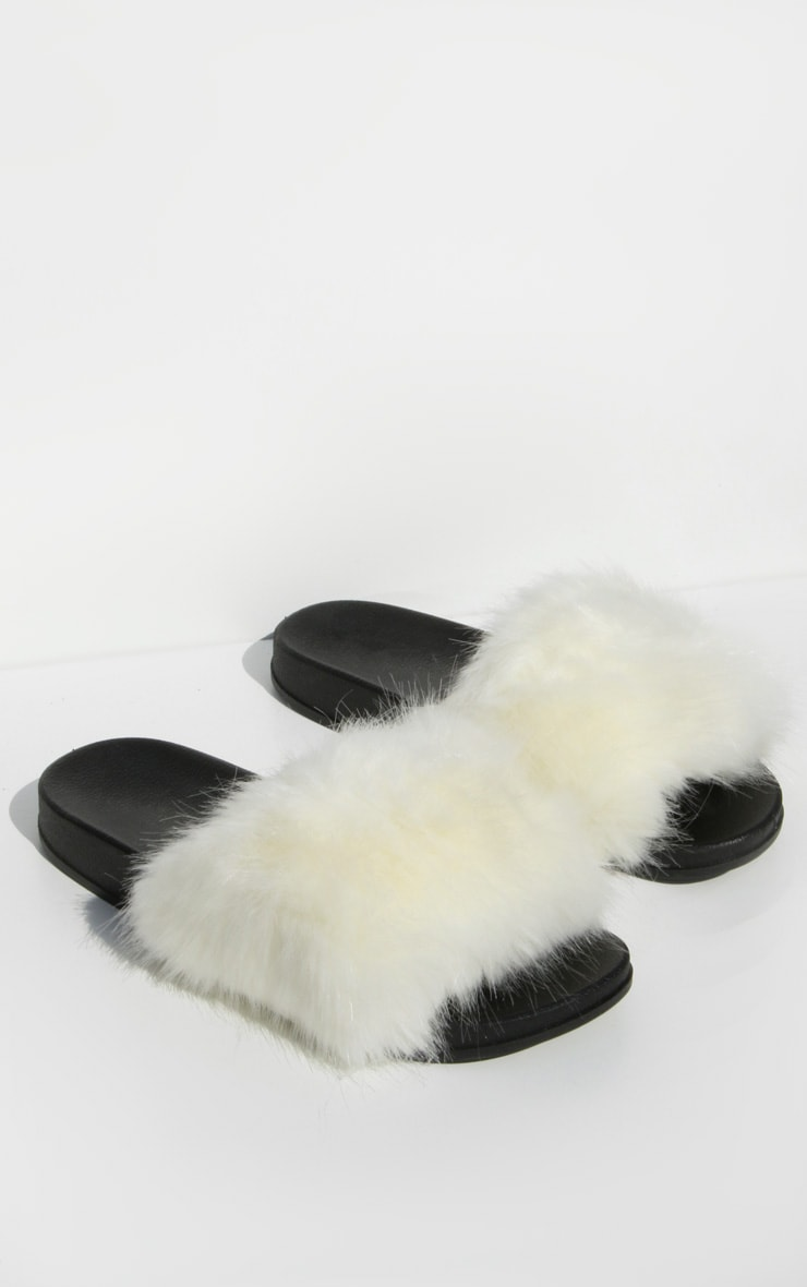White Faux Fur Strap Sliders 2