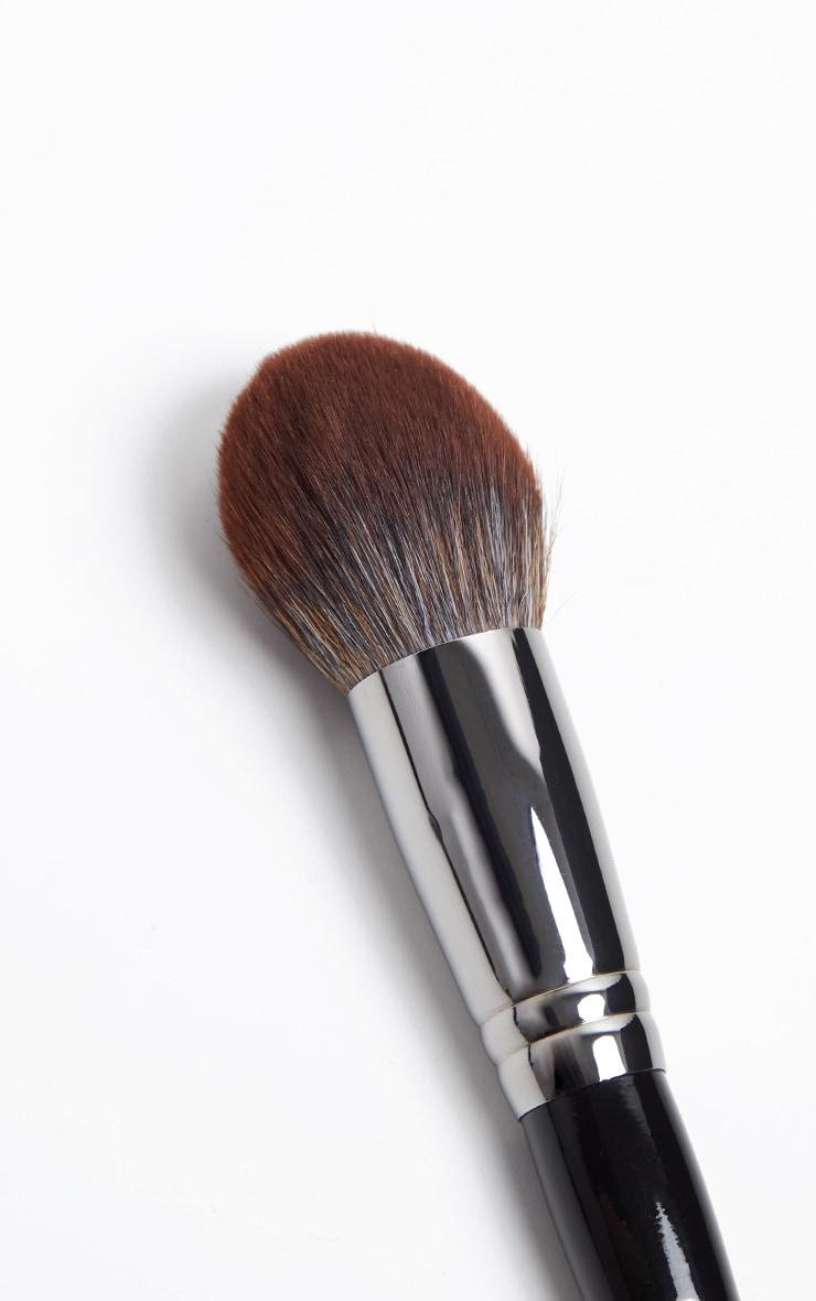 Morphe E59 Tapered Bronzer Brush 2