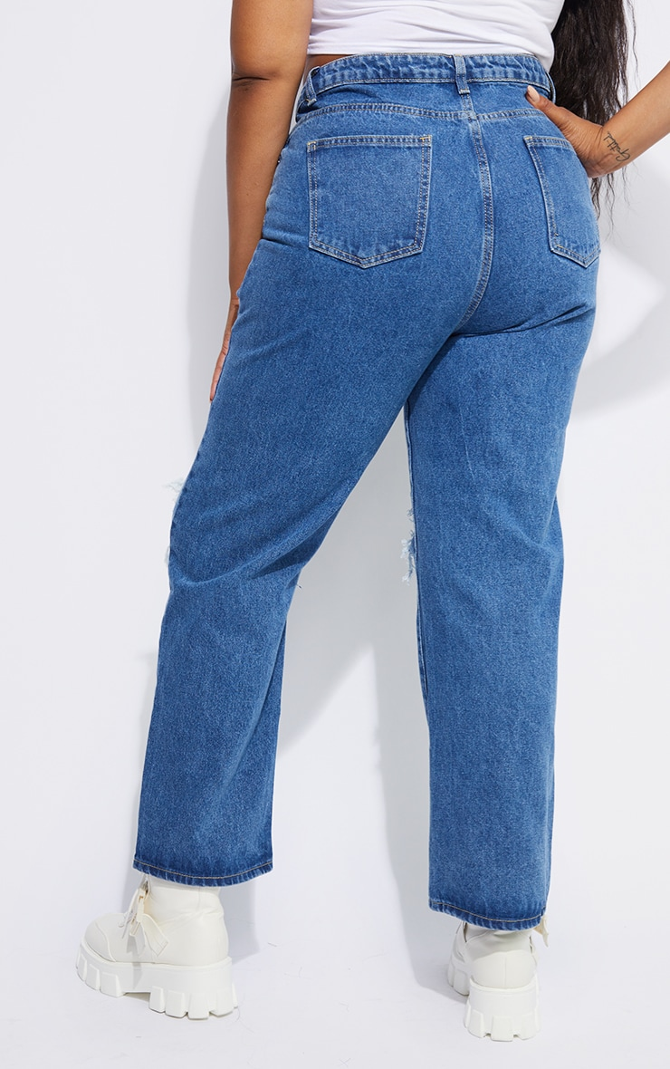 PRETTYLITTLETHING Plus Mid Blue Ripped Straight Leg Jeans 3