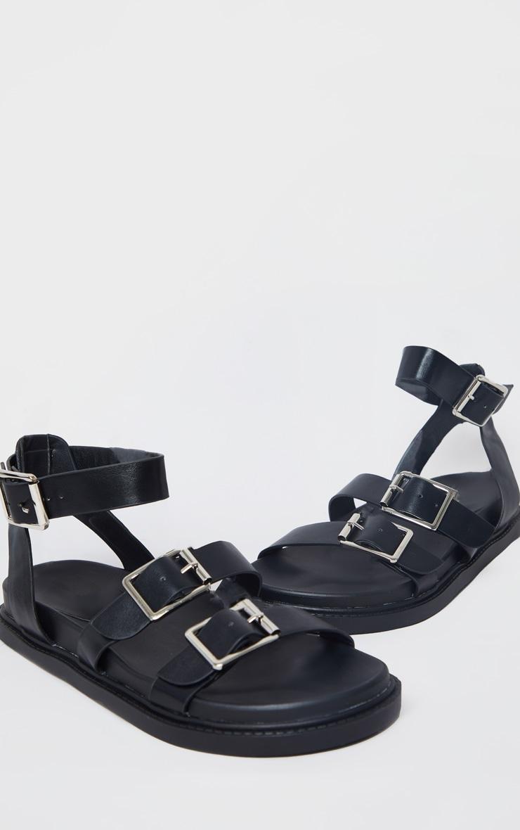 Sandales carrées en similicuir noir à boucles 4