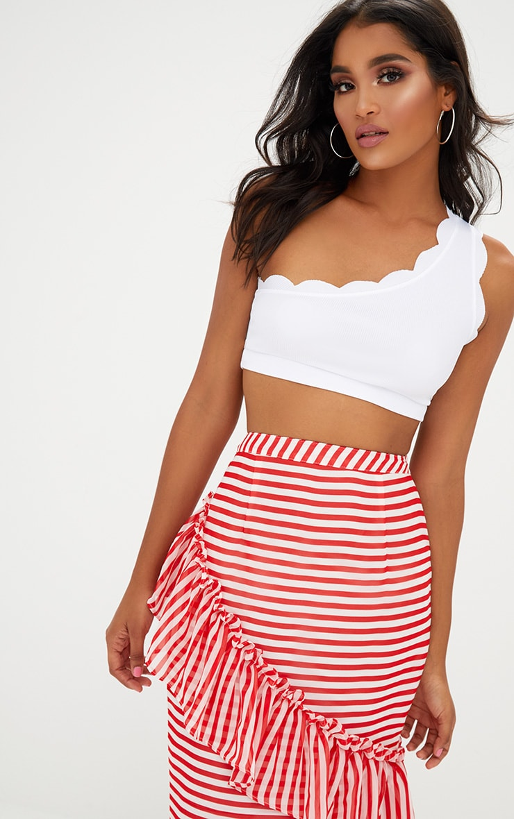 White Scalloped Edge One Shoulder Crop Top 1