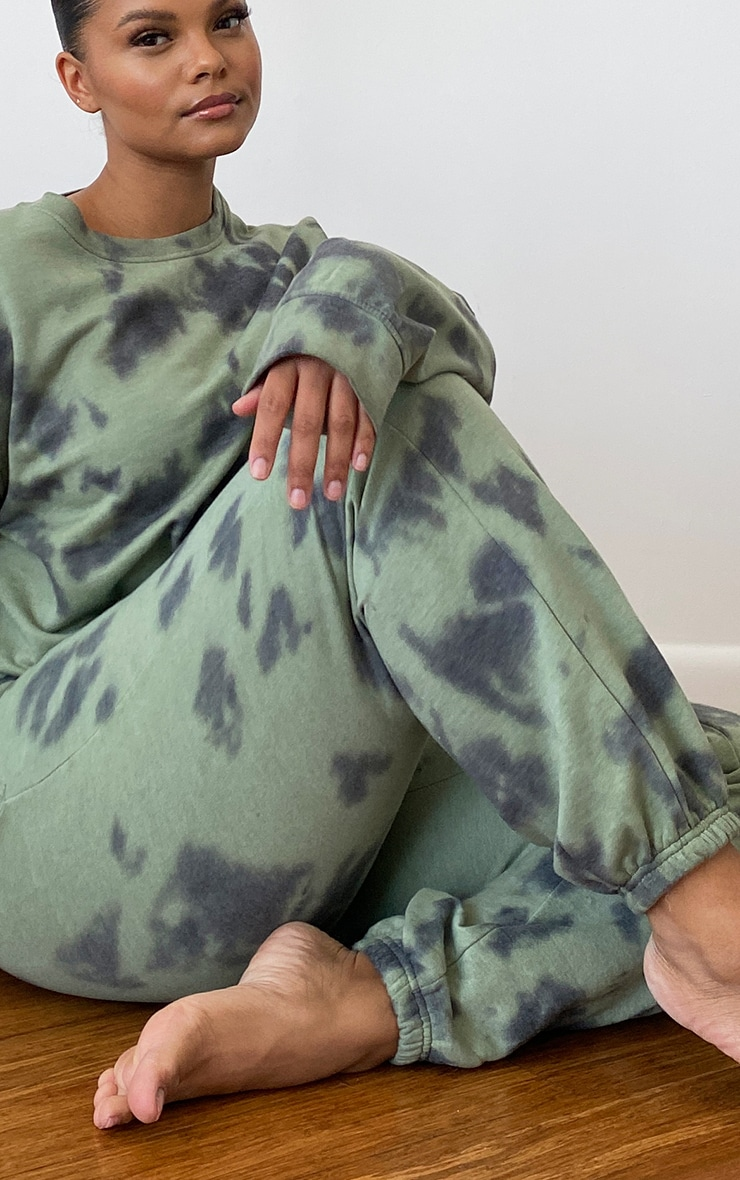 Plus Sage Green Tie-Dye Joggers 4