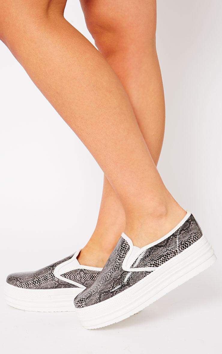 Katey Black Snake Flatform Skater Shoes 4