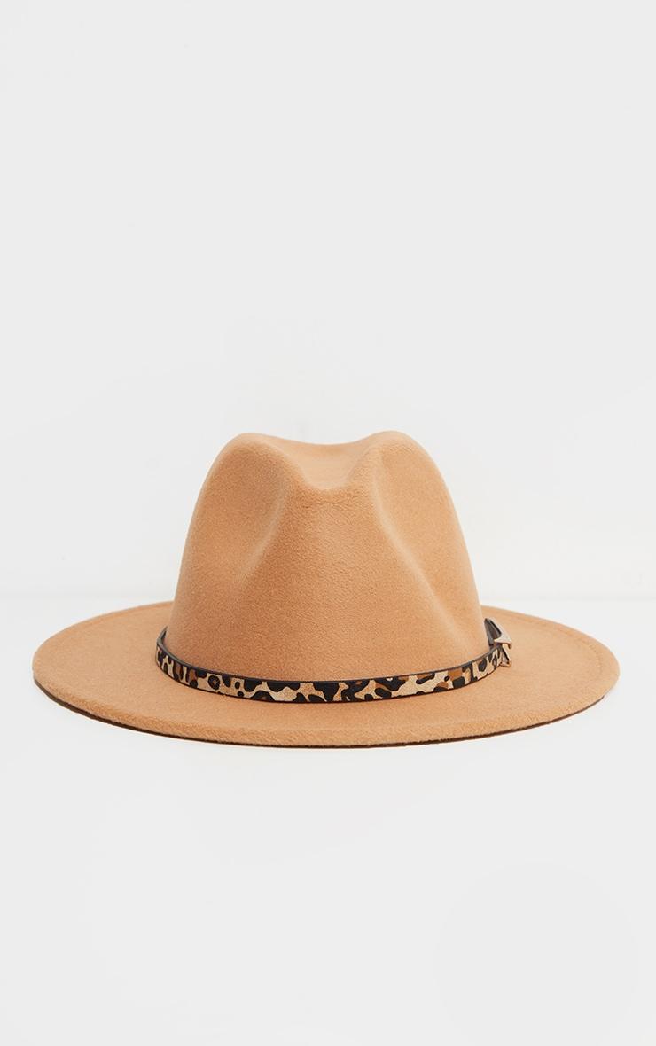 Chapeau fédora camel à bande léopard 2