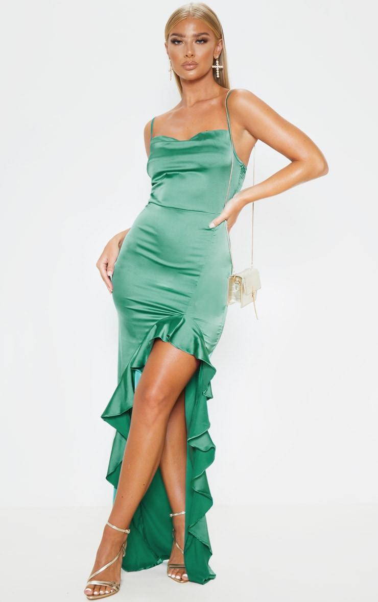 Robe longue vert émeraude à col bénitier et ourlet volanté 1