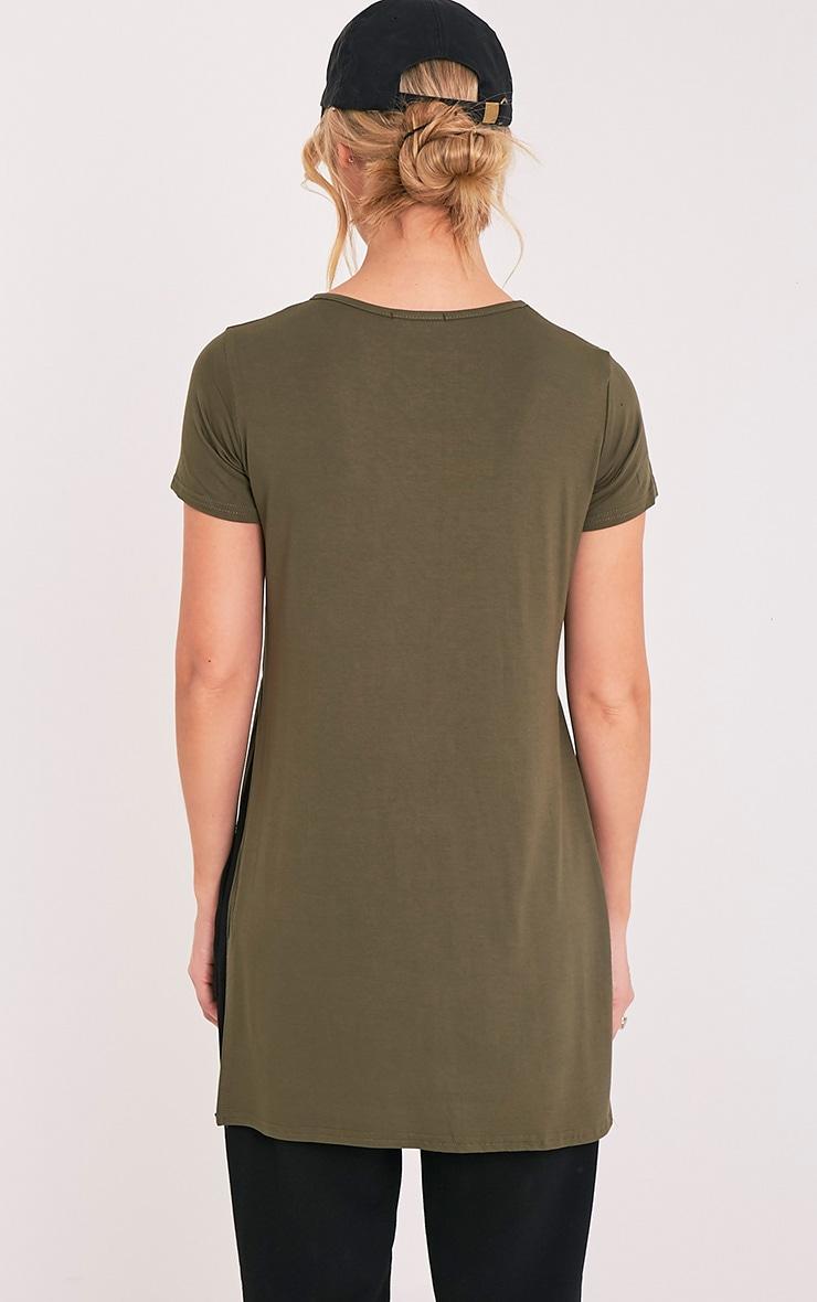 Tee-shirt basique fendu sur le côté kaki 2