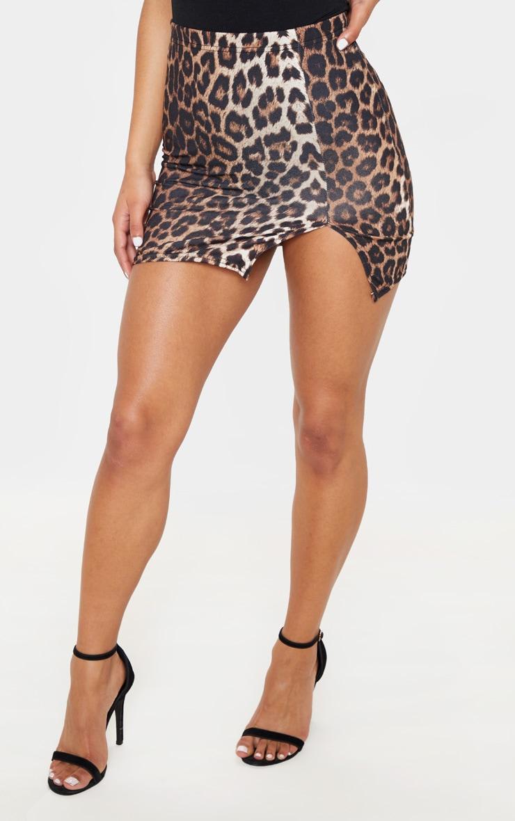 Minijupe brune fendue à imprimé léopard 2