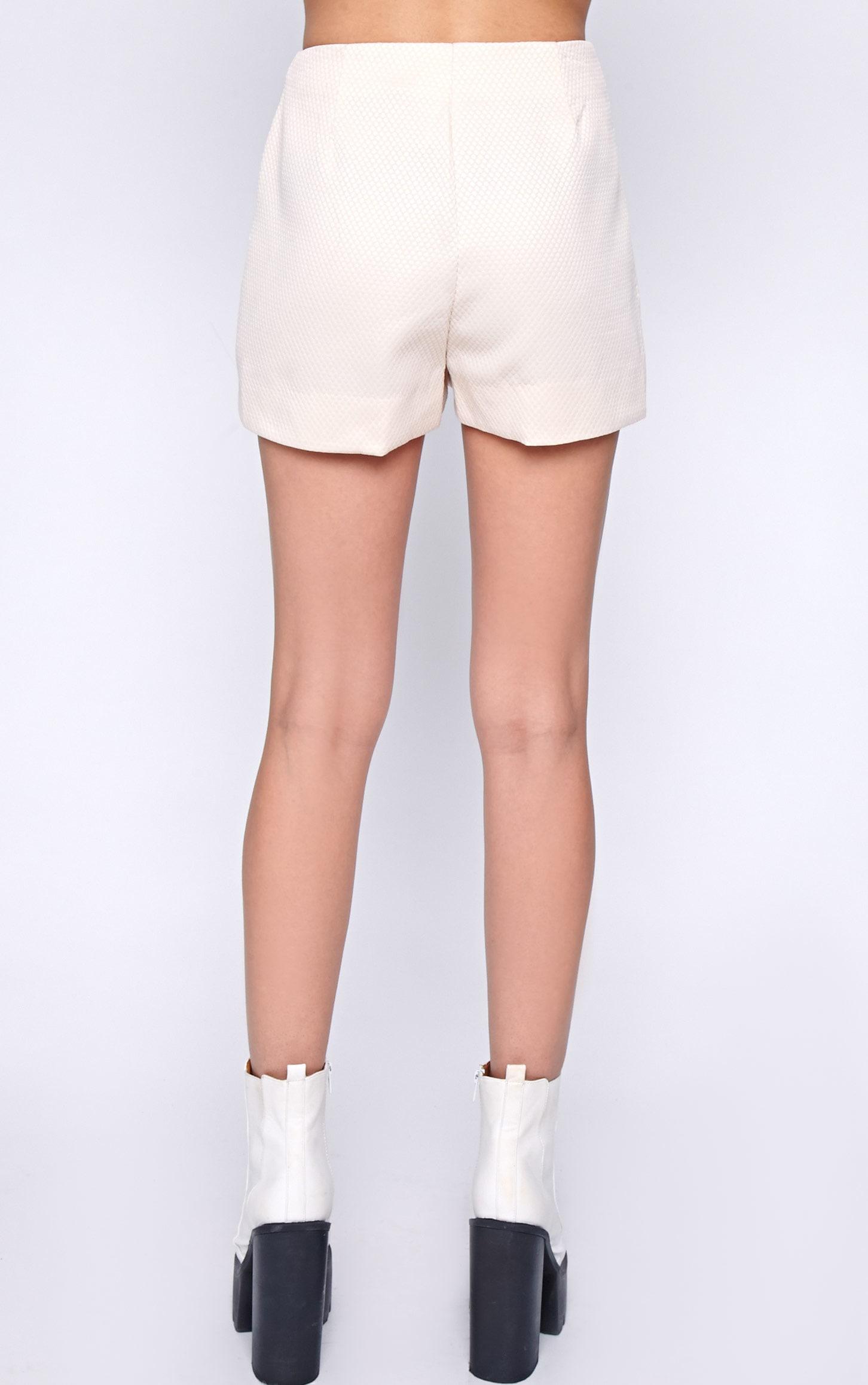 Talia Nude Textured Short -8 2