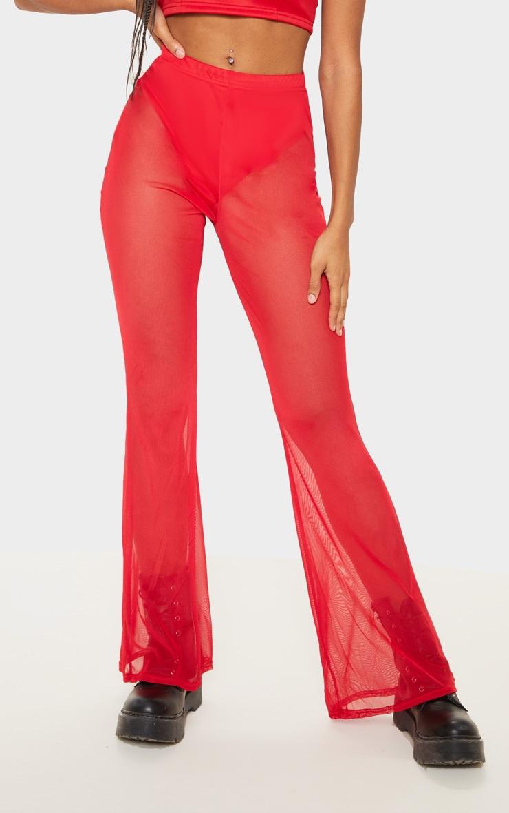Pantalon en mesh rouge à jambes évasées 2