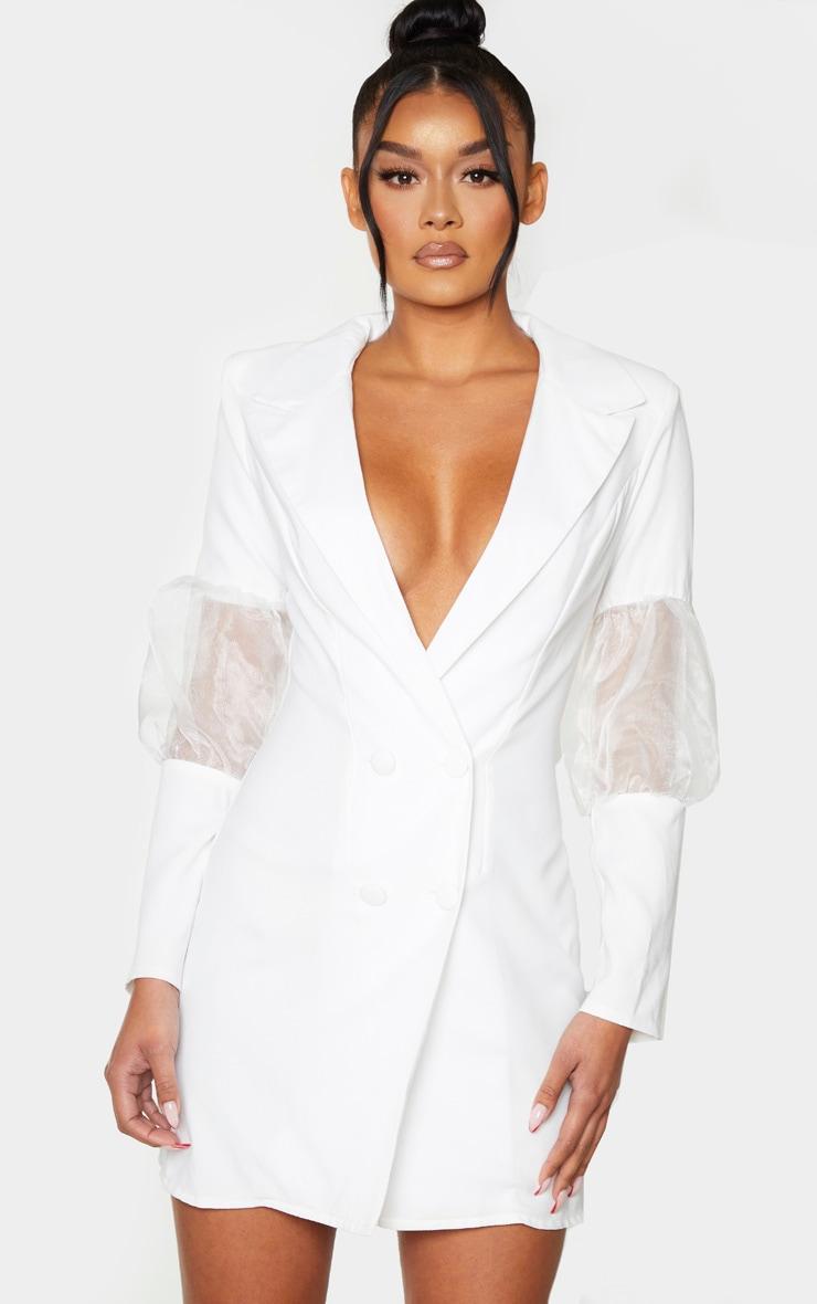 Robe blazer blanche à détail en organza bouffant 4