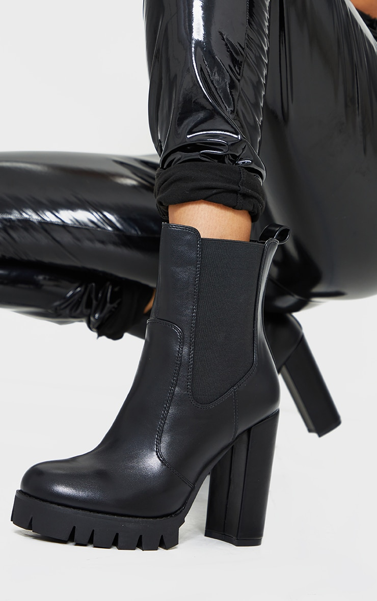 Black Contrast Stich Chucky Cleated Sole High Heels Chelsea Boots 1