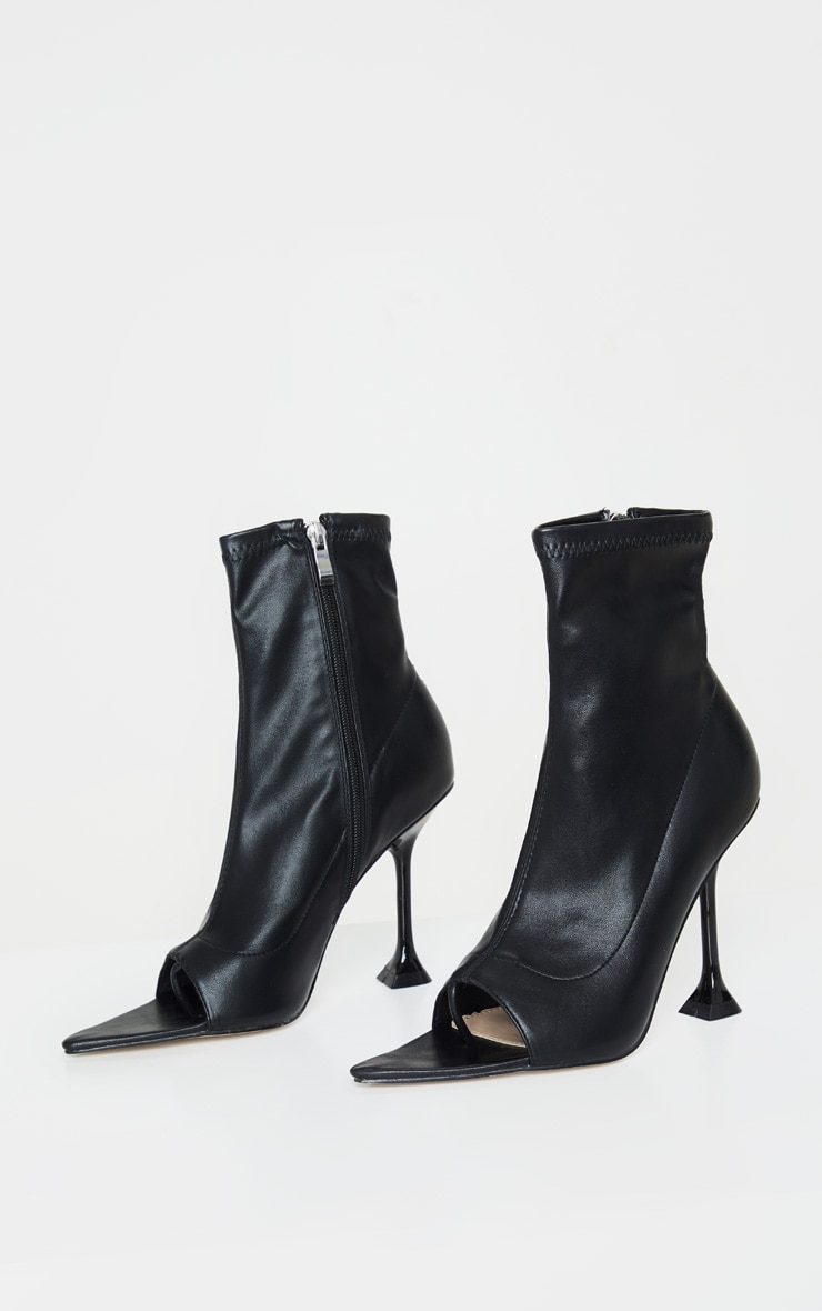 Bottines chaussettes noires à bout ouvert et talon piédestal 3
