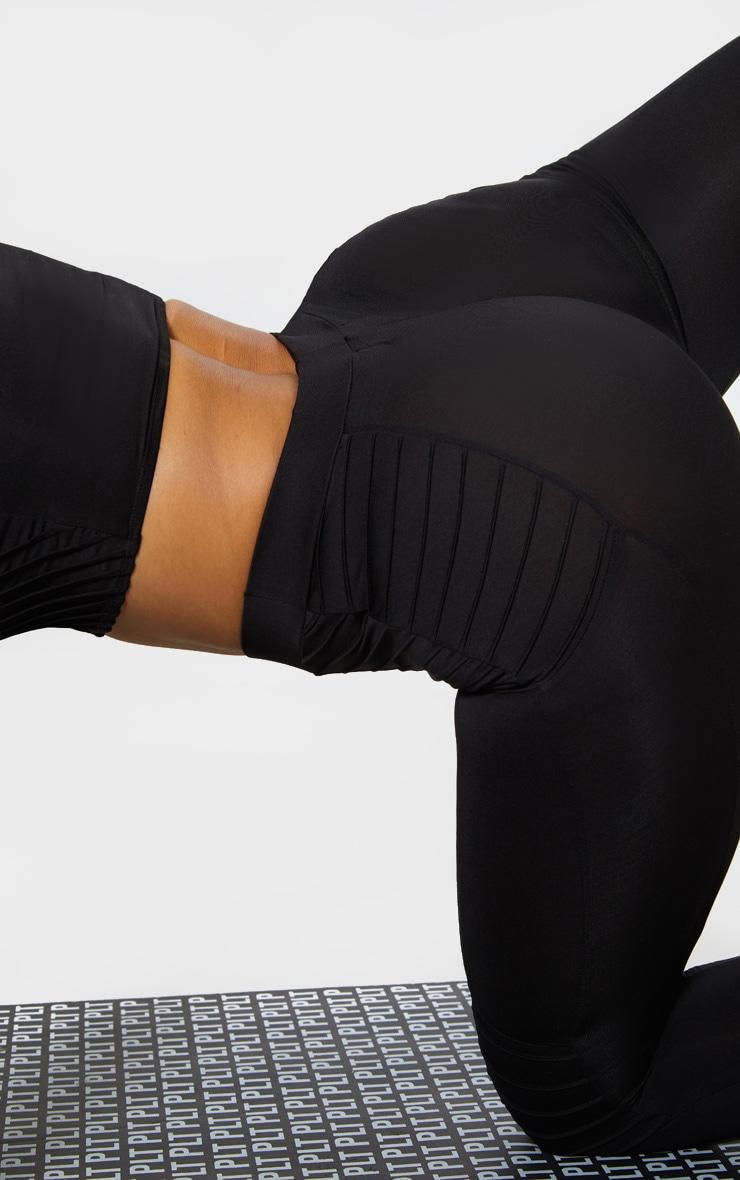 Black Ribbed 3/4 Gym Legging 5