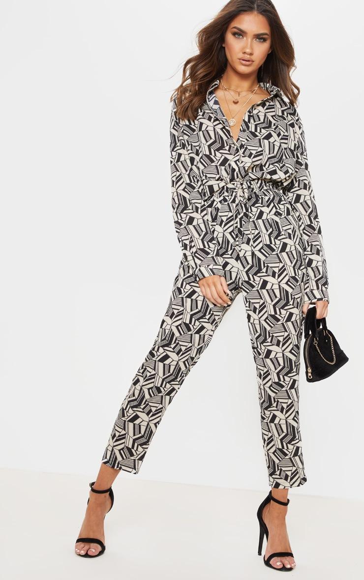 b725c5512ec3d Pantalon cigarette imprimé noir blanc. Pantalons | PrettyLittleThing FR